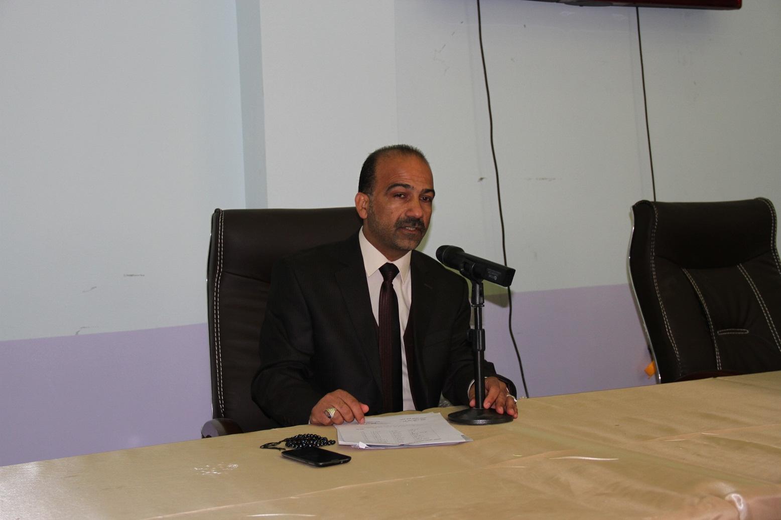 السيد عميد الكلية يجتمع مع السادة التدريسيين في الكلية