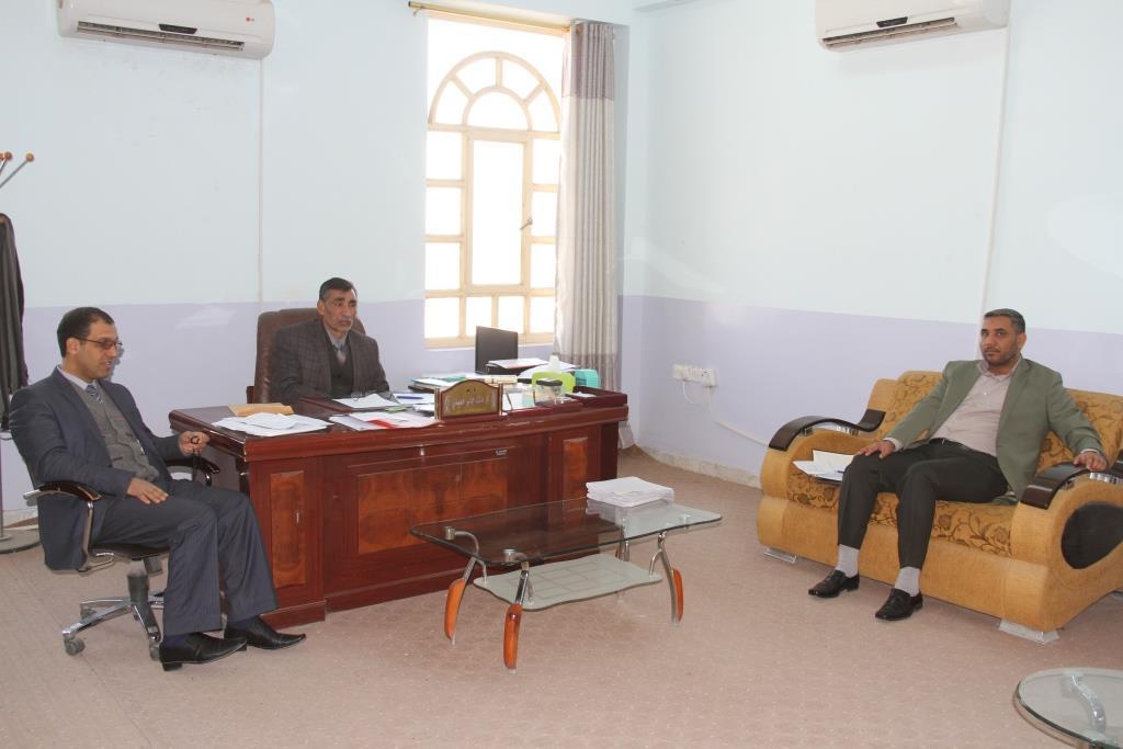 كلية القانون / جامعة القادسية عقدت الحلقة الدراسية (سيمنار) بعنوان (انعكاسات ضمانات الاستثمار الاجنبي على البيئة الاستثمارية العراقية)
