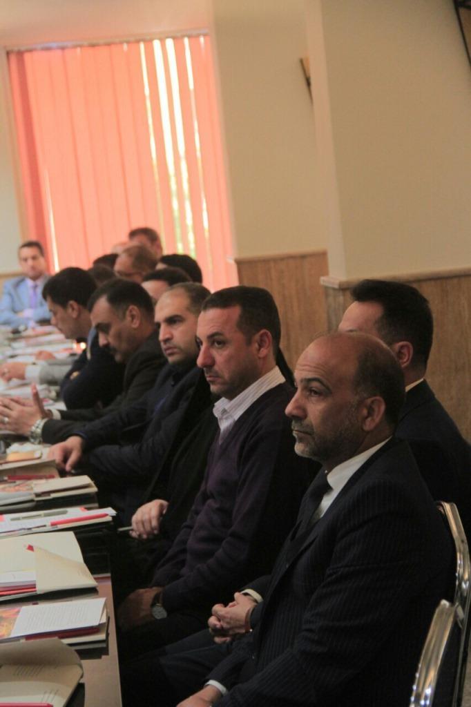 السيد عميد كلية القانون / جامعة القادسية الاستاذ الدكتور ميري كاظم الخيكاني والسادة التدريسيين يحضرون الندوة السنوية لأساتذة القانون الدولي الانساني .